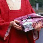 お祝いの事や行事が多い季節です.贈り物のマナー